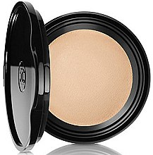 Profumi e cosmetici Fondotinta-gel - Chanel Les Beiges Healthy Glow Gel Touch Foundation SPF 25 / PA+++ (ricarica)