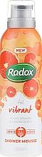Profumi e cosmetici Mousse da barba - Radox Feel Vibrant Blood Orange & Ginger Scent Shower Mousse