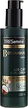 Profumi e cosmetici Crema per lo styling dei capelli ricci - Tresemme Botanique Air Dry Curl Cream