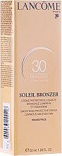 Profumi e cosmetici Crema protezione solare viso - Lancome Soleil Bronzer Smoothing Protective Cream SPF 30