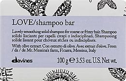 Profumi e cosmetici Shampoo lisciante per capelli crespi e mossi - Davines Essential Haircare Love Smooth Shampoo Bar
