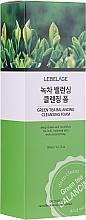 Profumi e cosmetici Schiuma al tè verde - Lebelage Green Tea Balancing Cleansing Foam
