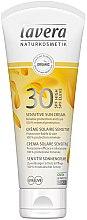 Profumi e cosmetici Crema solare per pelli sensibili - Lavera Sensitive Sun Cream SPF 30