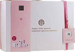Profumi e cosmetici Set - Rituals The Ritual of Sakura Ceremony XL (b/scrub/250ml + s/gel/200ml + b/cr/200ml + soap/300ml + b/mist/50ml + candle/290g)