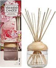 "Profumi e cosmetici Diffusore aromatico ""Rose appena tagliate"" - Yankee Candle Fresh Cut Roses"
