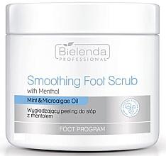 Profumi e cosmetici Scrub piedi levigante con mentolo - Bielenda Professional Foot Program