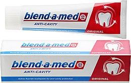 "Profumi e cosmetici Dentifricio ""Anti-carie"" - Blend-a-med Anti-Cavity Original Toothpaste"