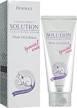 Profumi e cosmetici Schiuma detergente con olio di visone - Deoproce Natural Perfect Solution Cleasing Foam Mink Oil