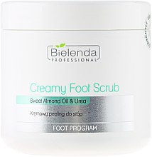 Profumi e cosmetici Scrub piedi all'olio di mandorle dolci e urea - Bielenda Professional Foot Paradise Creamy Foot Scrub With Almond Oil And Urea