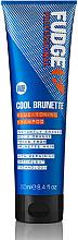 Profumi e cosmetici Shampoo capelli tonificante - Fudge Cool Brunette Blue-toning Shampoo Reviews