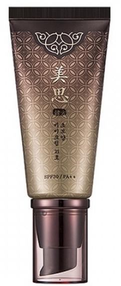 Fondotinta ringiovanente - Missha Cho Bo Yang BB Cream SPF30