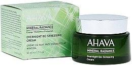 Profumi e cosmetici Crema viso minerale, da notte - Ahava Mineral Radiance Overnight De-Stressing Cream
