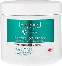 Profumi e cosmetici Sale rilassante per pediluvio - Bielenda PodoCall Therapy Relaxing Foot Bath Salt