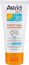 Profumi e cosmetici Protezione solare viso Q10 SPF30 - Astrid Sun Protecting Face Cream Q10 SPF30