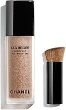 Profumi e cosmetici Fondotinta fluido per il viso - Chanel Les Beiges Eau De Teint