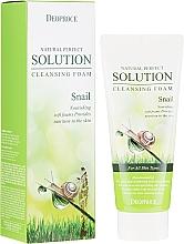 Profumi e cosmetici Schiuma detergente viso con bava di lumaca - Deoproce Natural Perfect Solution Cleansing Foam Snail