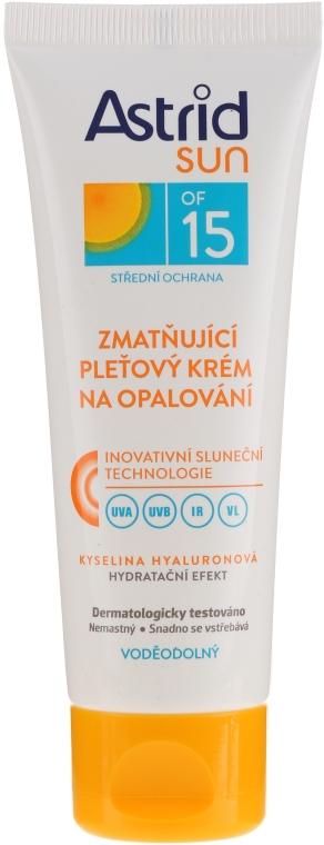 Crema protezione solare, indratante per viso SPF 15 - Astrid Sun Moisturizing Suncare Face Cream SPF 15