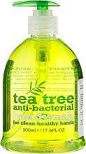 Profumi e cosmetici Sapone liquido mani antibatterico - Xpel Marketing Ltd Tea Tree Anti-Bacterial Handwash