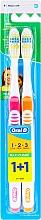 Profumi e cosmetici Set spazzolini da denti, durezza media (arancione + rosa) - Oral-B 1 2 3 Maxi Clean 40 Medium 1+1