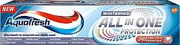 Profumi e cosmetici Dentifricio sbiancante - Aquafresh All-in-One Whitening