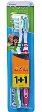 Profumi e cosmetici Set spazzolini da denti, verde + rosso - Oral-B 1 2 3 Natural Fresh 40 Medium