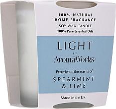 """Profumi e cosmetici Candela profumata """"Menta e lime"""" - AromaWorks Light Range Spearmint & Lime Candle"""