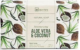 Profumi e cosmetici Sapone - IDC Institute Moisturizing Hand Natural Soap Aloe Vera & Coconut