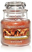 """Profumi e cosmetici Candela profumata """"Bastoncini di cannella"""" - Yankee Candle Cinnamon Stick"""