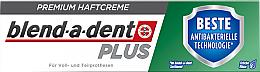 Profumi e cosmetici Crema di fissaggio per protesi dentale - Blend-A-Dent Premium Adhesive Cream Plus Dual Protection Fresh
