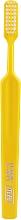 Profumi e cosmetici Spazzolino da denti, morbido, giallo - TePe Classic Extra Soft Toothbrush