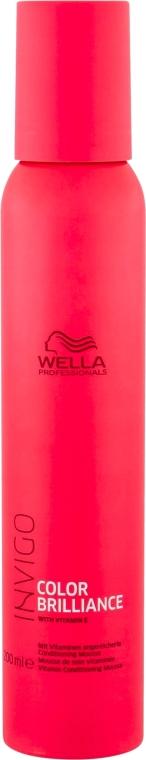 Balsamo mousse alla vitamina per capelli colorati - Wella Professionals Invigo Color Brilliance Conditioning Mousse