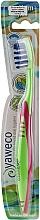 Profumi e cosmetici Spazzolino da denti, medio duro, verde-rosa - Yaweco Toothbrush Nylon Medium