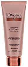 Profumi e cosmetici Latte per lisciare i capelli ribelli - Kerastase Discipline Fondant Fludealiste Smooth-in-Motion Care