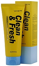 Profumi e cosmetici Schiuma detergente - Eunyul Clean & Fresh Pure Brightening Foam Cleanser