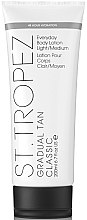 Profumi e cosmetici Lozione abbronzante - St. Tropez Gradual Tan Everyday Body Lotion Light/Medium