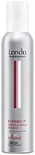 Profumi e cosmetici Schiuma per capelli a tenuta forte - Londa Professional Styling Expand It