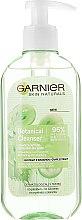Profumi e cosmetici Gel detergente viso con estratto d'uva - Garnier Skin Naturals Botanical Grape Extract