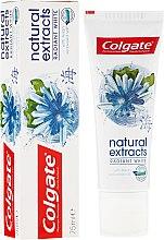 """Profumi e cosmetici Dentifricio """"Sbiancamento sicuro"""" - Colgate Natural Extracts Radiant White Seaweed"""
