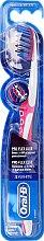 Profumi e cosmetici Spazzolino da denti, morbido, rosa - Oral-B Proflex 3D White Luxe 38 Soft