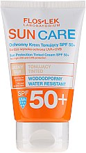 Profumi e cosmetici Crema protettiva tonificante SPF 50+ - Floslek Sun Protection Tinder Cream SPF50+