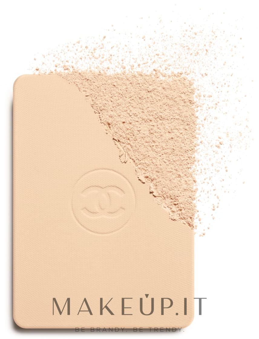 Fondotinta compatto - Chanel Ultra Le Teint Ultrawear All-Day Comfort Flawless Finish Compact Foundation — foto B20