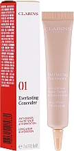 Profumi e cosmetici Concealer - Clarins Everlasting Long-Wearing And Hydration Concealer